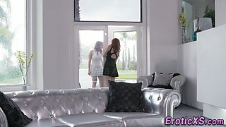 Glam lesbians make out