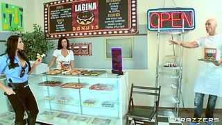 Officer Bitoni Busts Cheating Doughnut Boyfriend