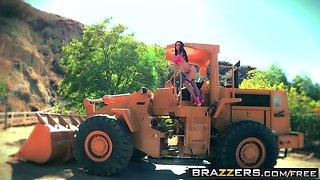 Brazzers - Big Wet Butts - Ass Under Construction scene starring Mackenzee Pierce and Erik Everhard