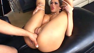 Damn great curvy slut Carmella Bing wanna get both holes nailed hard