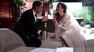 Milf Bride Gets Jizzed On Tits After Fucking