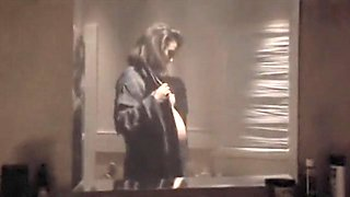 Pregnant Demi Moore (The Seventh Sign)