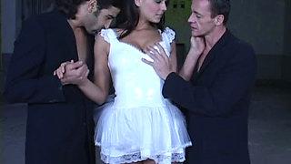 TRASH BRIDE