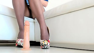 Nylon pantyhose girlfriends humping through nylon pantyhose