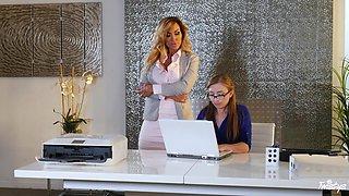 Blonde MILF lesbian Aubrey Black seduces her secretary Gracie Green