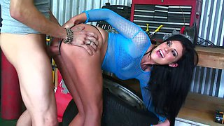 She cums like crazy when she impales herself on his big dick