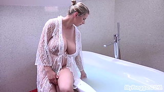 Busty Pregnant Katerina Hartlova Rubs Her Clit in the Bath!
