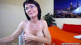 Sexy mature mom orgasm