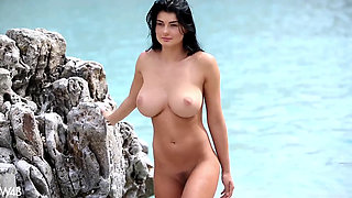 Lucy Li - Naughty In Paradise