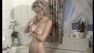 Mel Penny In The Bath