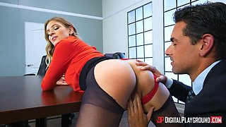 giselle palmer bent over the desk and gets pussy licked