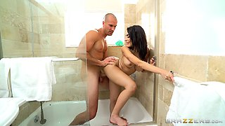 Sexy Lela Star getting shagged in the bathroom and the bedroom
