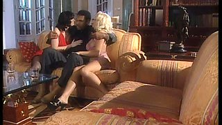 Gang bang with two hot babes, who like swallowing cums