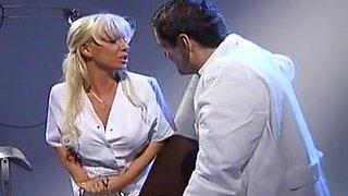 Sharon Da Vale fucks with the doctor