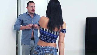 Latina Babysitter Spermed