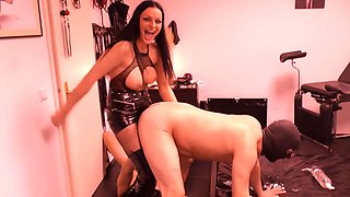 mistress strapon and 2 slaves