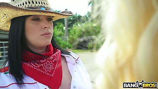 Sean Lawless bangs two big bottomed and big tittied country chicks