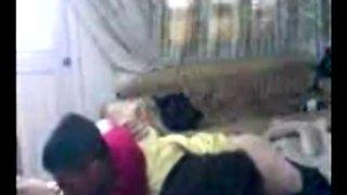 Arab girlfriend gets banged by stud in bedroom