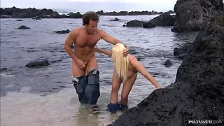 a rough fuck on the beach for a busty blonde