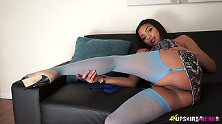 Ebony hottie Ruby Summers shows off her juicy pussy upskirt