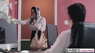 Babes - Office Obsession - Jay Smooth and Noe
