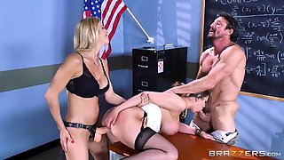 concerned parents alexis fawx and tommy gunn fuck slutty teacher brooklyn chase