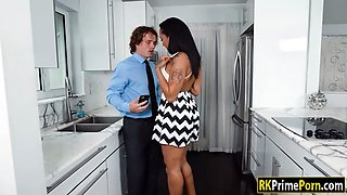 Phat ass Jazzi gets her coochie smashed in the kitchen