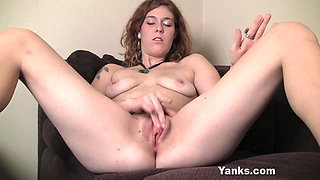 Yanks Cutie Teal Loves Her Clit