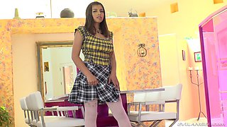 Horny Ella Knox rips her pantyhose while receiving his dick