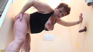Busty Mature Woman Enjoying Gloryhole Cocks
