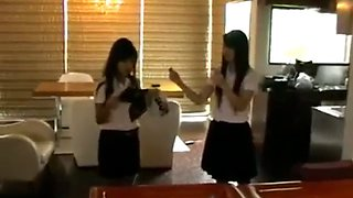 Thai girl freeze 2