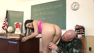 Dirty college bitch is blowing her teacher's dick right in a lecture room