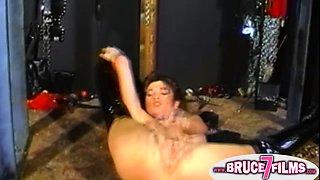 Kinky retro babe licking