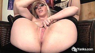 Yanks ruby&#039s hyper flexible orgasm