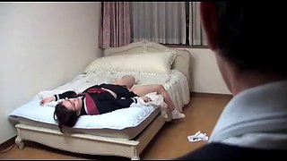 Japanese schoolgirl gets orgasm in front of her father (full: bit.ly2zvrjer)