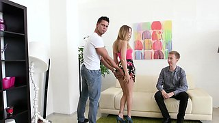 Swinger couple gets a macho stud The wife gets her pussy