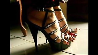 Emma very long toenails in strappy
