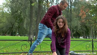 Russian teen Evelina Darling hooks up with barely knows guy