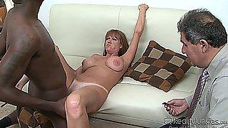 Moms Cuckold Darla Crane