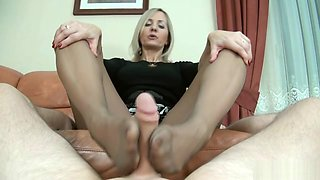 Cumshot on pantyhose